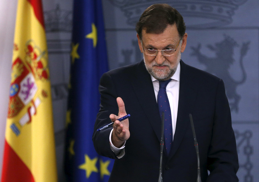Spain's Prime Minister Mariano Rajoy gestures during a news conference at Moncloa Palace in Madrid, Spain, September 28, 2015. © Juan Medina