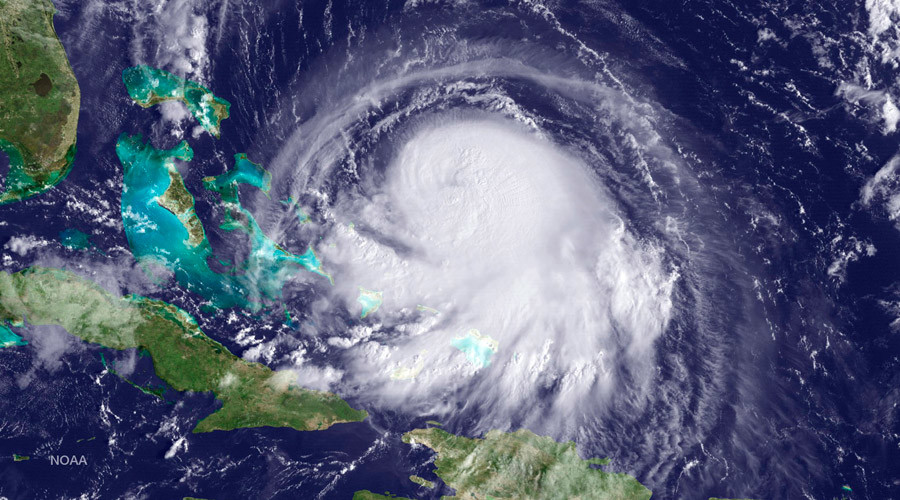 Hurricane Joaquin is seen approaching the Bahamas on September 30 © NOAA