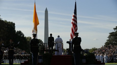 President Barack Obama welcomes Pope Francis during a ceremony at the White House in Washington, DC