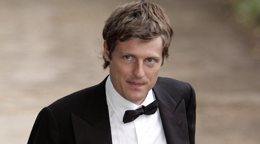 Aristocrat Zac Goldsmith will battle bus driver's son Sadiq Khan for London Mayor