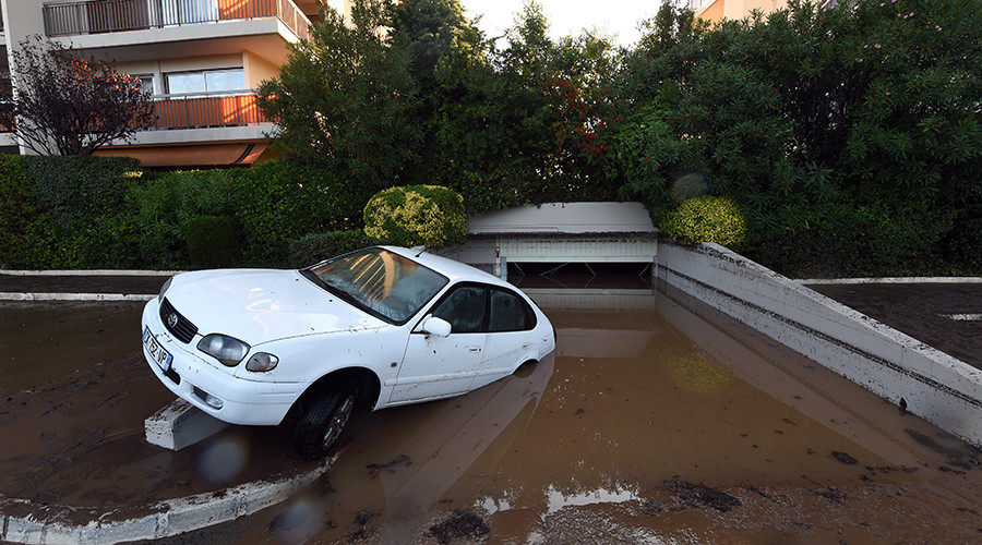 16 dead, 3 missing after flash floods ravage southeast France (PHOTOS, VIDEOS)