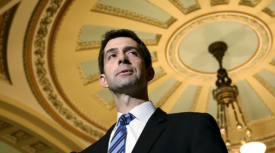 Senator Tom Cotton © Gary Cameron