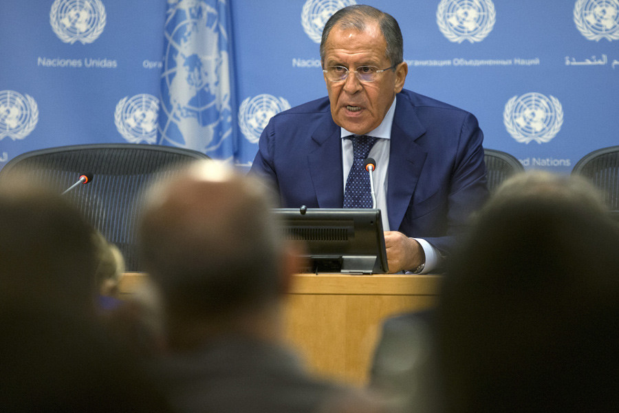 Russian Foreign Minister Sergei Lavrov addresses the media during the United Nations General Assembly at the United Nations in Manhattan, New York, October 1, 2015. © Andrew Kelly