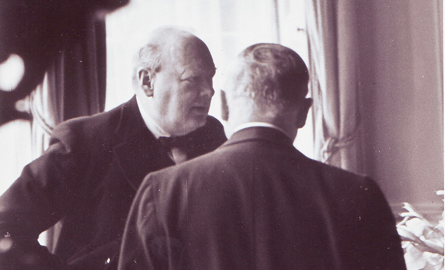 Maisky helping Churchill to find the key to 'the Russian enigma' © Scheffer-Voskressenski family