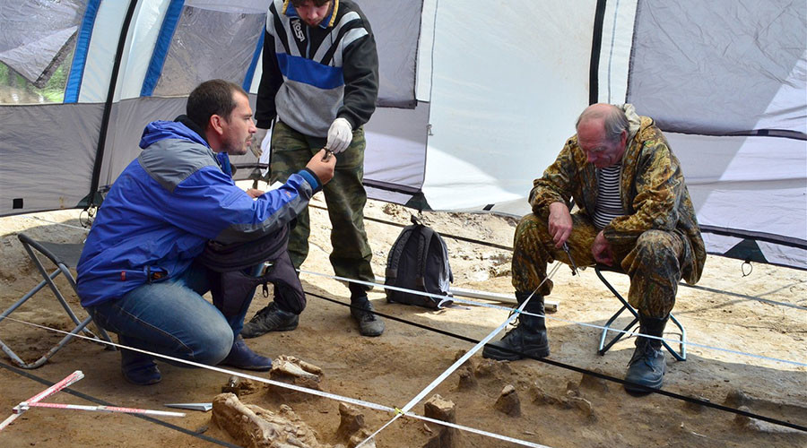 'First burial mound of New Stone Age' people unearthed in Siberia