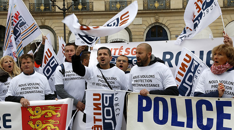 Thousands of French police protest govt after shooting of colleague by prisoner