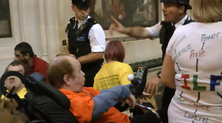 Disability protesters clash with police in attempt to storm Parliament © thegoldengirlk8