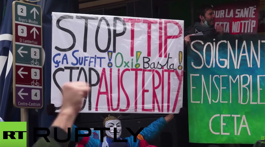 'TTIP is death:' Over 100 arrested in Brussels at US-EU trade deal protest (VIDEO)