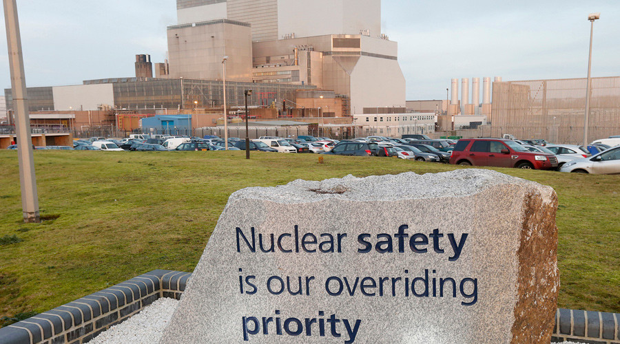 Hinkley Point B Power Station in Bridgwater, southwest England © Suzanne Plunkett / Files