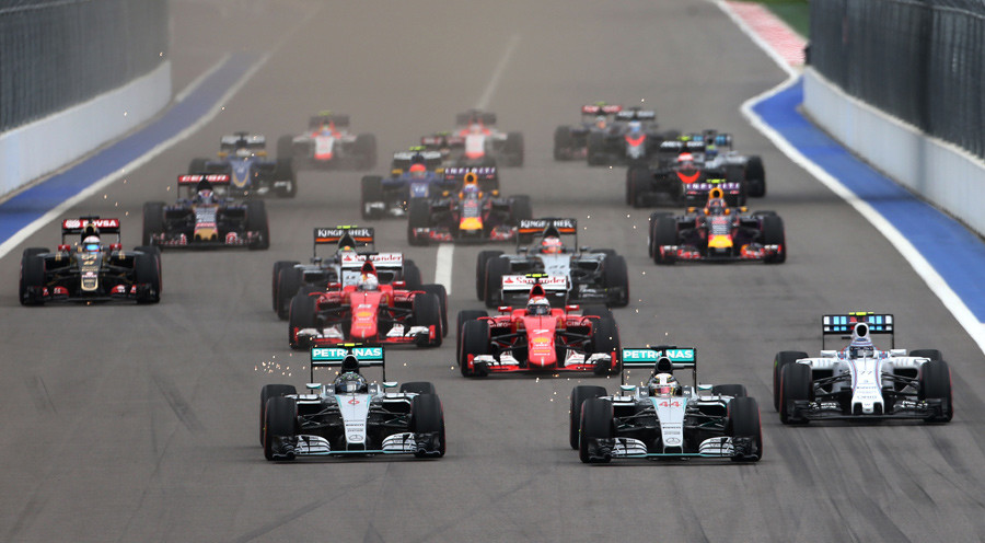 Mercedes' Lewis Hamilton and Nico Rosberg at the start of the race Formula One F1 Russian Grand Prix 2015 © Action Images / Hoch Zwei