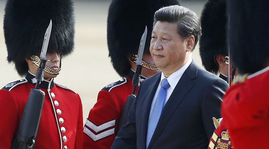 China's President Xi Jinping reviews an honour guard during his official welcoming ceremony in London, Britain, October 20, 2015. Xi is on a State visit to Britain. © Alastair Grant