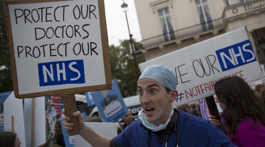 Junior doctors ballot for strike action over pay cut & longer contract hours