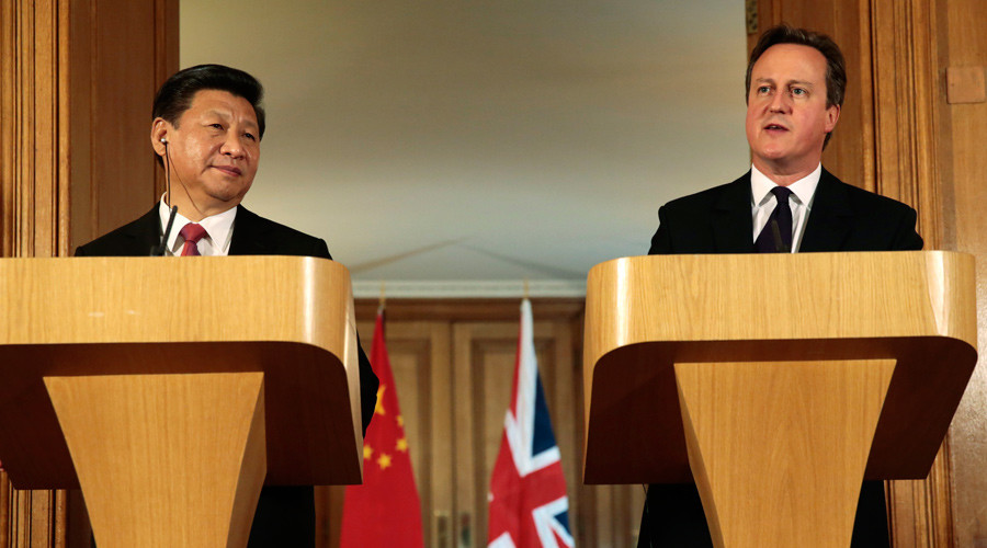 China's President Xi Jinping and Britain's Prime Minister David Cameron attend a joint press conference in 10 Downing Street, in central London, Britain, October 21, 2015. © Suzanne Plunkett