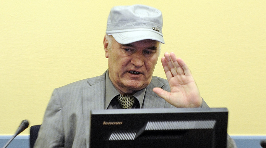 Former Bosnian Serb commander Ratko Mladic appears in court at the International Criminal Tribunal for the former Yugoslavia (ICTY) in the Hague, June 3, 2011. © Martin Meissner