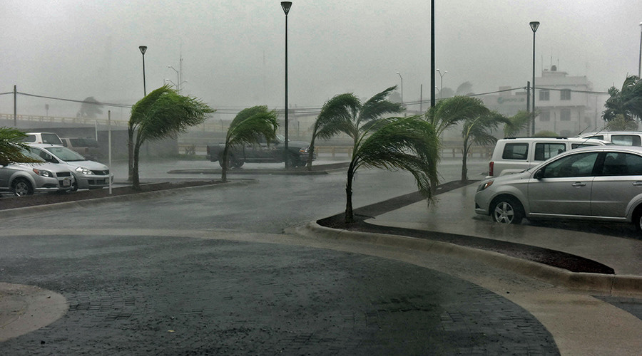 Monstrous Hurricane Patricia rips through Mexico, wreaking havoc (PHOTOS, VIDEOS)