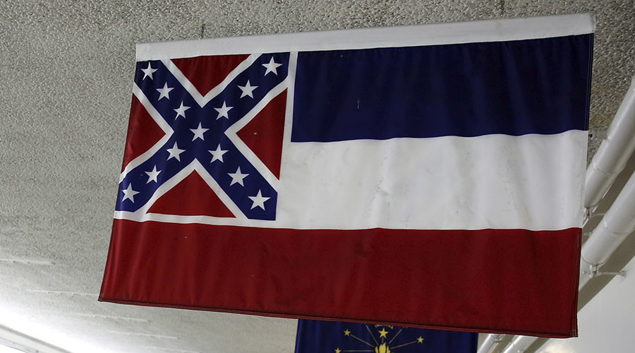 University of Mississippi takes down state flag with Confederate symbol