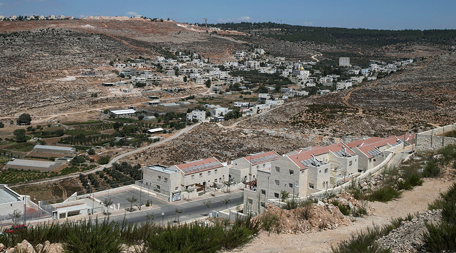 Israel legalizes 800 homes in W. Bank settlements, says homes aren't new