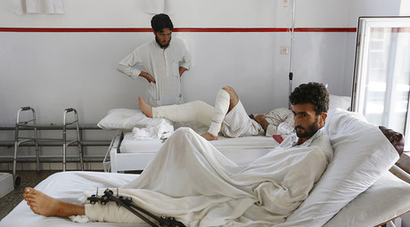 Wounded Afghan men, who survived a U.S. air strike on a Medecins Sans Frontieres (MSF) hospital in Kunduz, receive treatment at the Emergency Hospital in Kabul October 8, 2015. © Mohammad Ismail