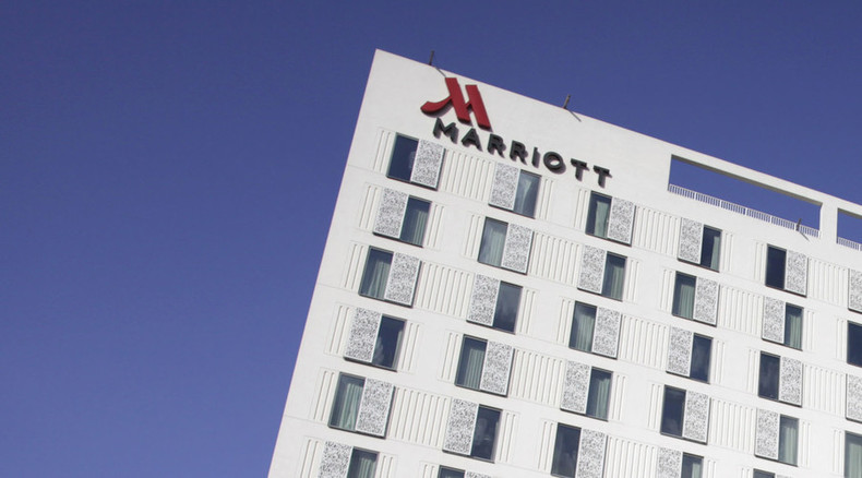 Marriott becomes world s biggest hotel chain rt business for What hotel chains does hilton own