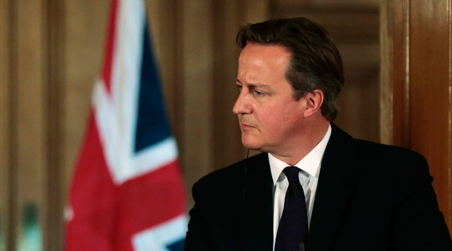 Cameron denies scrapping vote on Syria airstrikes after warning from MPs