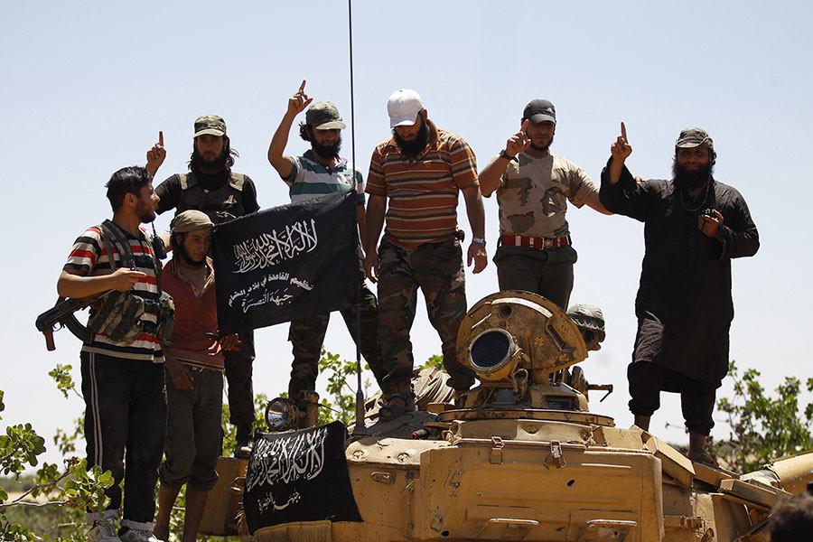 Members of Islamist Syrian rebel group Jabhat al-Nusra. © Hamid Khatib