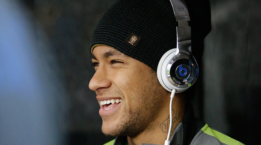 Barca's Neymar: 'Ballon d'Or between Messi and Ronaldo, they are from another planet'