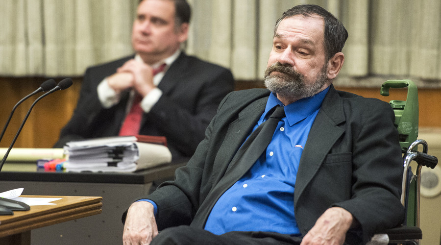 Frazier Glenn Cross, also known as Glenn Miller, sits during his capital murder trial in Johnson County Courthouse in Olathe, Kansas, August 31, 2015. © Alison Long