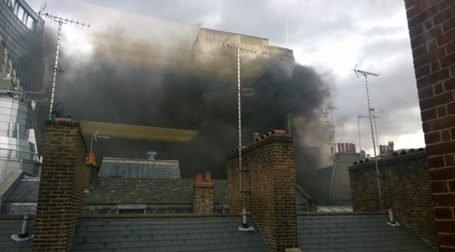 Fire on London's Fleet Street near Goldman Sachs offices
