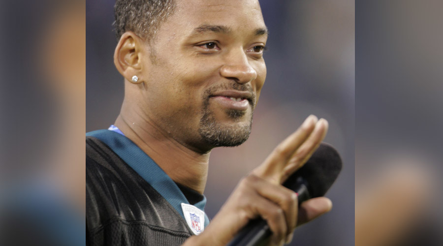 Will Smith tackles the NFL in his new movie, Concussion