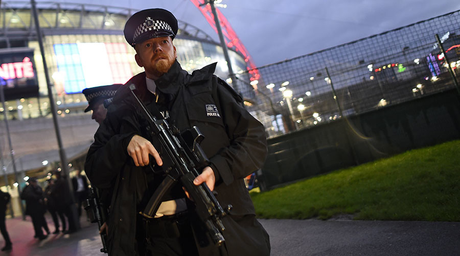 'Police need more guns,' say chief officers amid Paris attack security crackdown