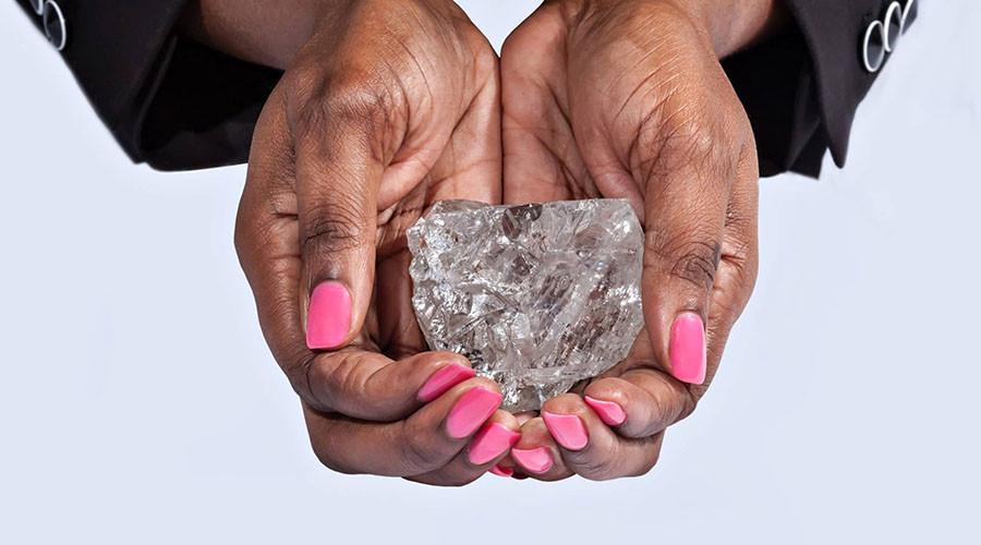 Biggest diamond in 110 years found in Botswana (PHOTOS)