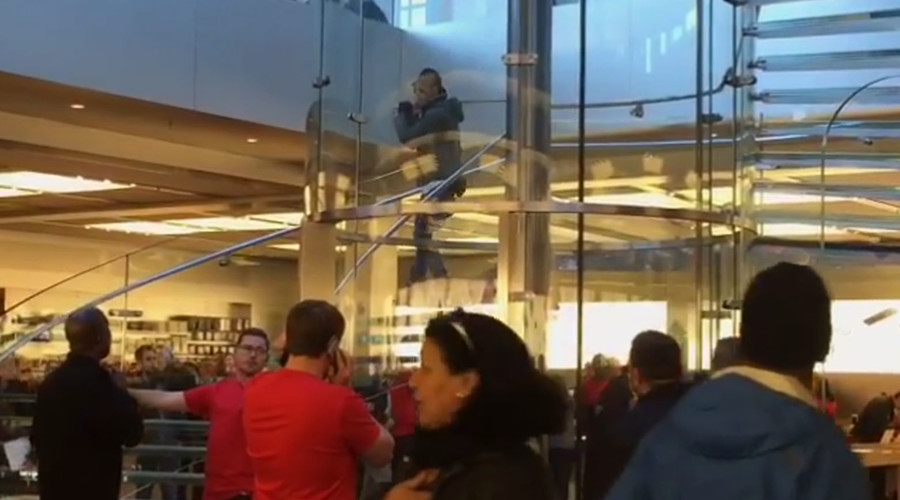 Man swinging samurai sword at NYC Apple Store detained by NYPD