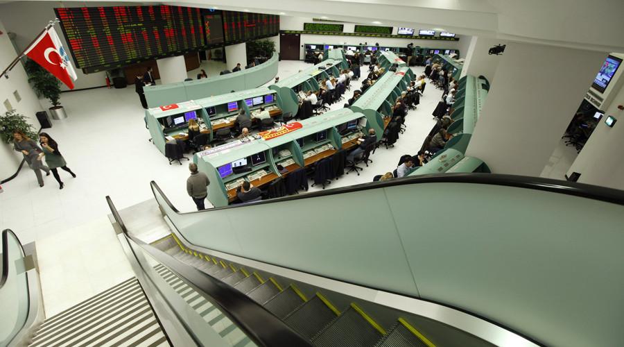 Global markets fall as Turkey shoots down Russian jet