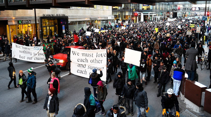 Justice for Jamar Clark protests continue after 5 shot, police hold 3 suspects