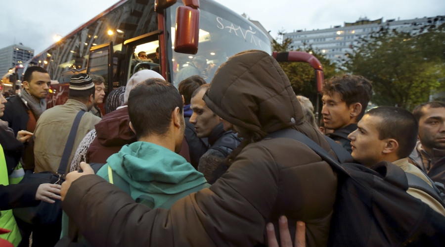 EU can't take any more refugees – French PM