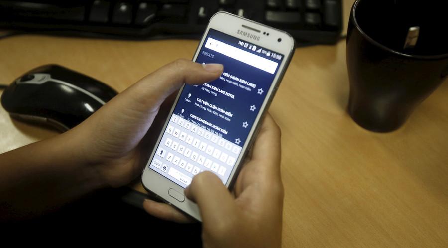 'Going dark': Smartphone encryption debate heats up with no sign of legislative solution