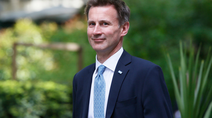 Hunt submits to strike talks with junior doctors, accused of 'political game-playing'