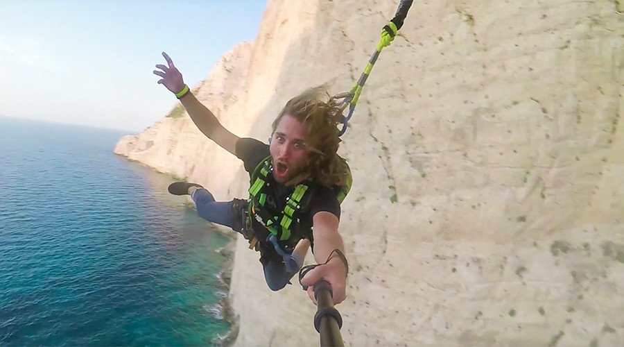 Great Greece rope swing above one of world's iconic beaches (VIDEO)