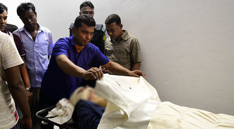 The body of Bangladeshi publisher Faisal Arefin Dipan, lies in a morgue at Dhaka Medical College in Dhaka Dhaka on October 31, 2015, after he was killed in an attack in his office. © Munir Uz Zaman