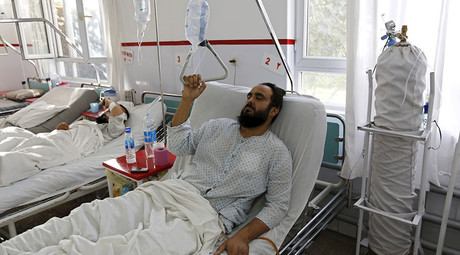 A wounded Afghan man, who survived a U.S. air strike on a Medecins Sans Frontieres (MSF) hospital in Kunduz, receives treatment at the Emergency Hospital in Kabul October 8, 2015. © Mohammad Ismail
