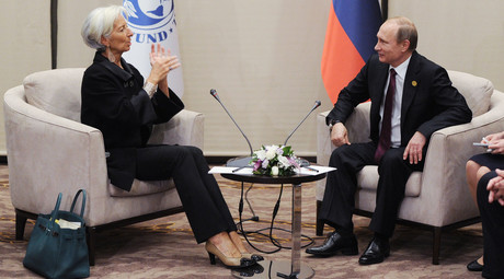 Russian President Vladimir Putin and IMF Managing Director Christine Lagarde during their meeting on the sidelines of the G20 summit in Antalya, Turkey, November 15, 2015. © Michael Klimentyev
