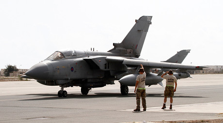 Cameron to order RAF airstrikes against ISIS leadership in Syria – media