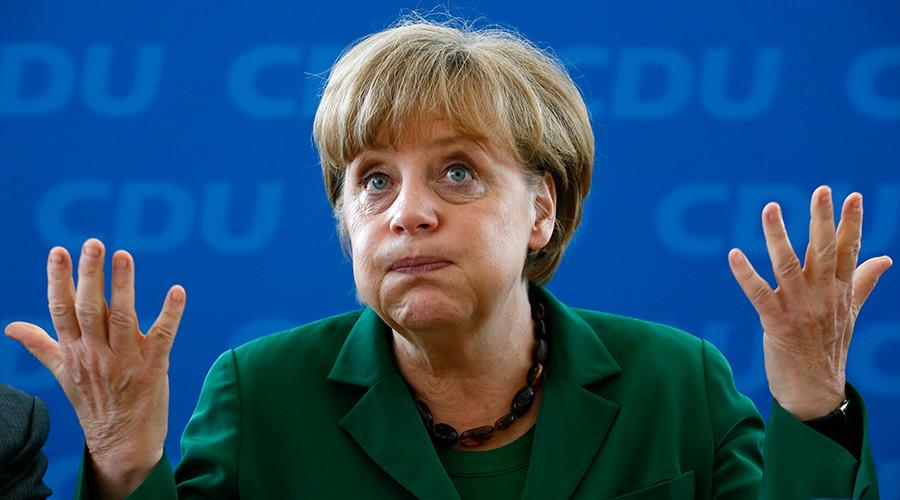 German Chancellor  Angela Merkel © Str