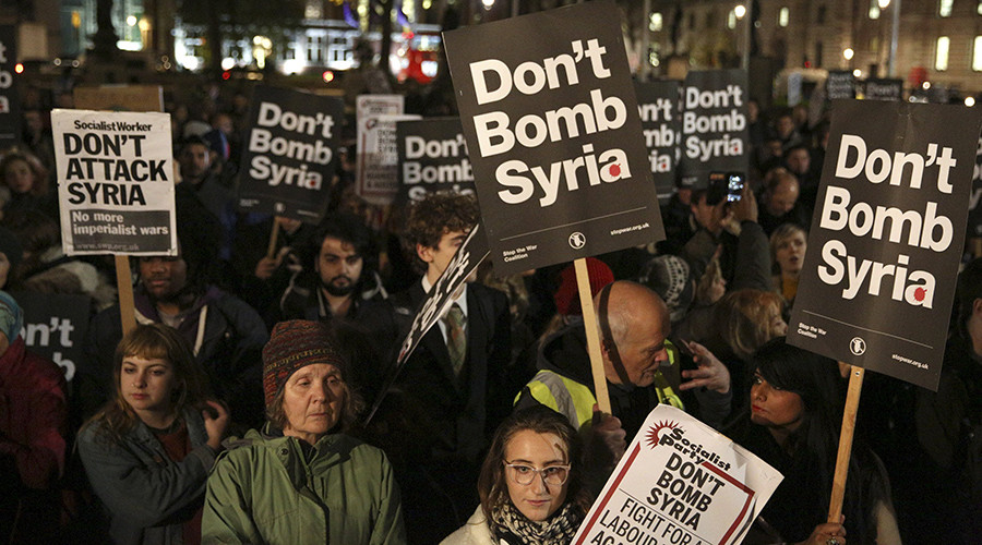 Cameron brands Corbyn 'terrorist sympathizer' for opposing Syria airstrikes