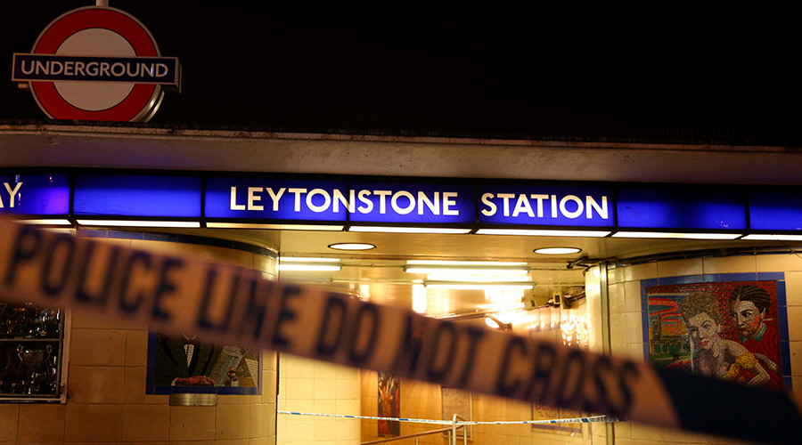 Police tape is seen at a crime scene at Leytonstone underground station in east London, Britain December 6, 2015 © Neil Hall