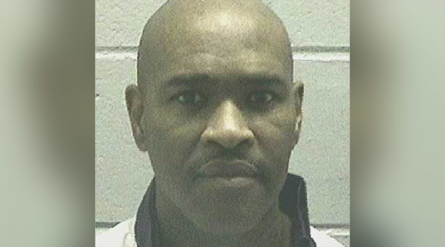 Georgia inmate 'winced' in pain during 1-hour execution procedure