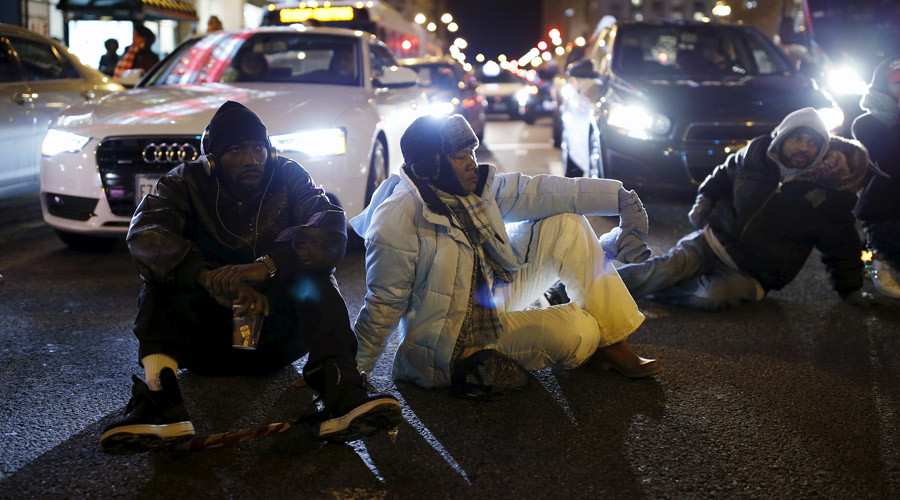 'Rahm gots to go!': Chicago protests continue, new demands made