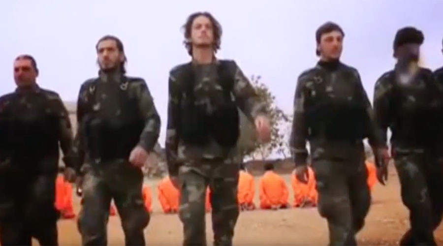 Rival Syrian rebels slam ISIS 'brutality' in mock execution (VIDEO)