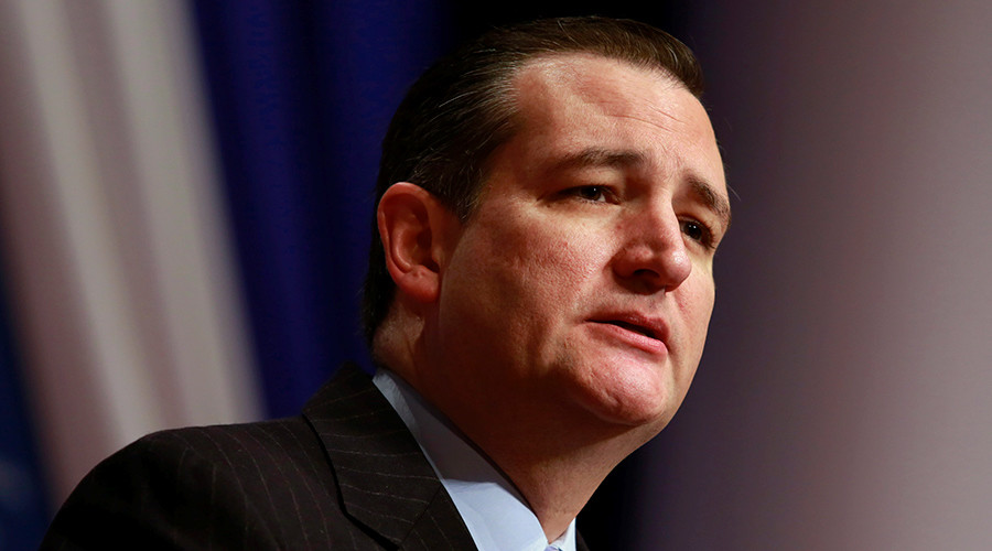 Cruz campaign creeps on Facebook user data in search of advantages
