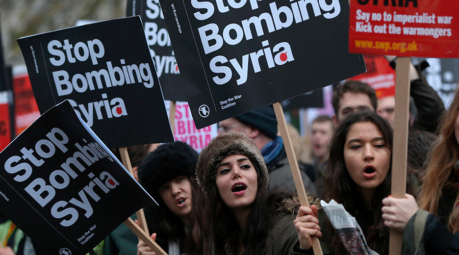 Londoners march on Downing Street to decry UK intervention in Syria (VIDEO)